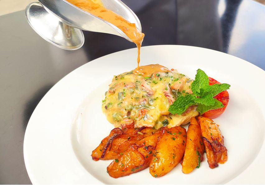 Eka-Hotel-Chicken-Envelope Catering Service