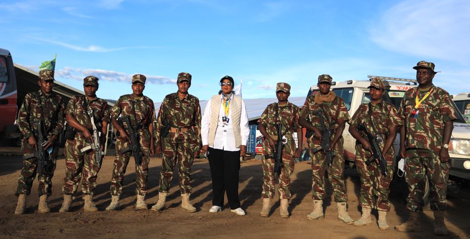 Sports Cabinet Secretary Amina Mohamed (centre) and Commissioner of Police Julius Kabiru (right0 with the elite all-female police squad that was part of the African Rally Championship Equator Rally last weekend (April 23-25, 2021) . ANWAR SIDI/ NATION