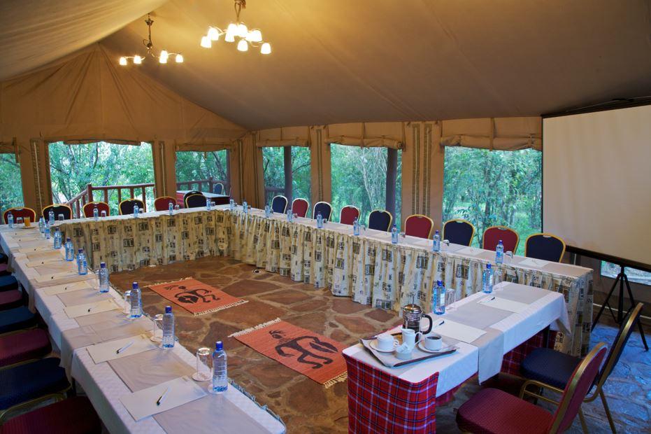 Maasai Mara Wildeest Migration with Ashnil Lodges & Camps