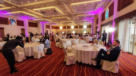 E-Commerce Awards - Sharing Moments
