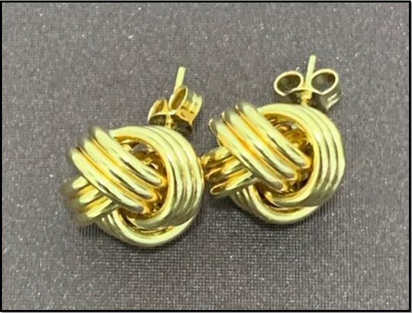 Stunning Gold Earrings & Rings From Gemessence